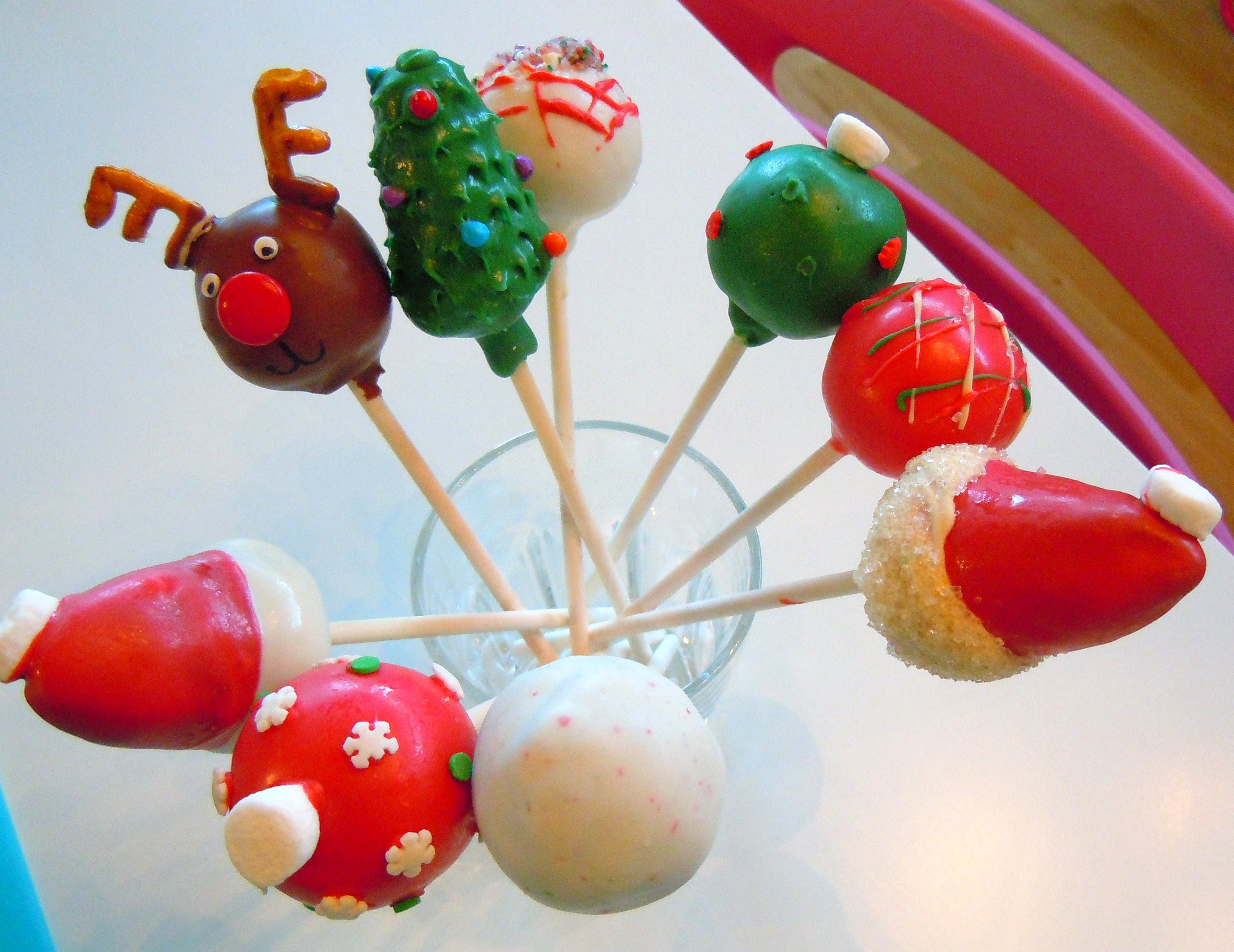 christmas cake pops rockin around the cake pop tree a happy 2930