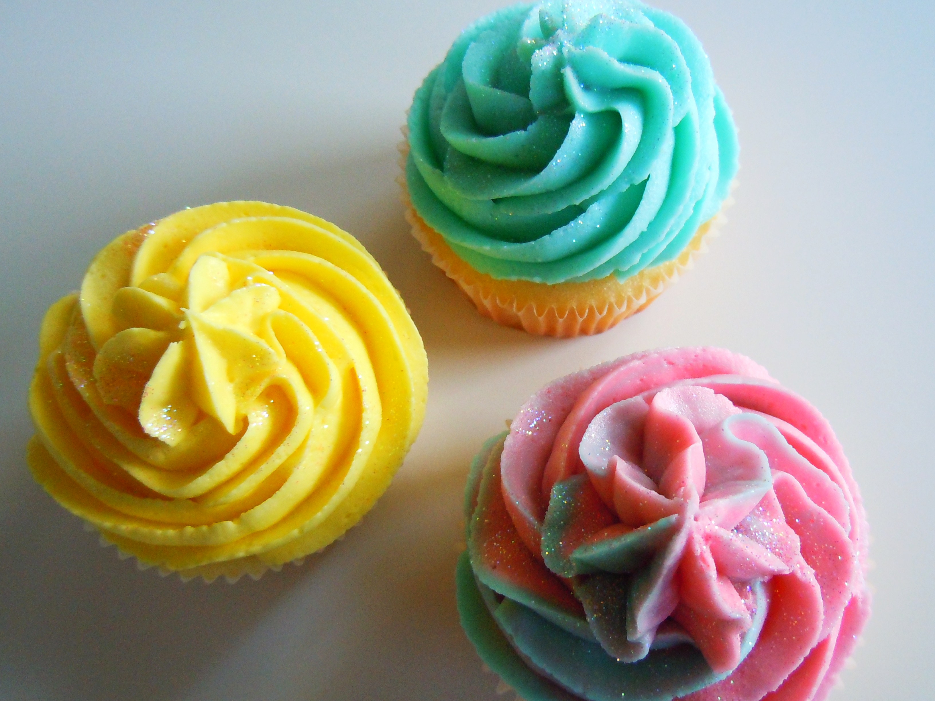 vanilla cupcakes | Ate by Ate