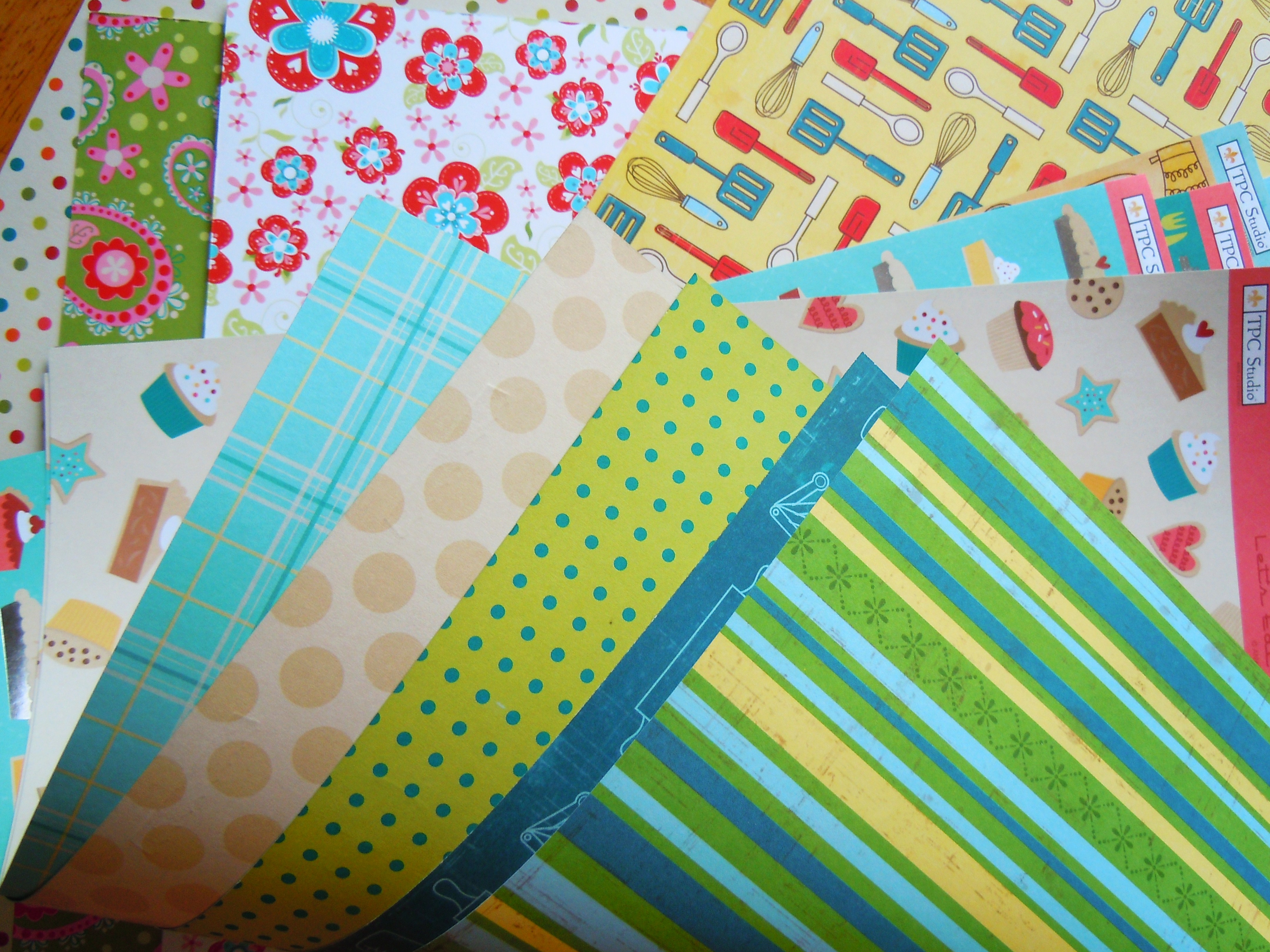 Scrapbook paper carrying case - De Serres Has The Most Amazing Selection Of Patterned Paper And The Best Part They Carry A Ton Of Cardstock And Paper Pads By My Favourite Scrapbook Brand
