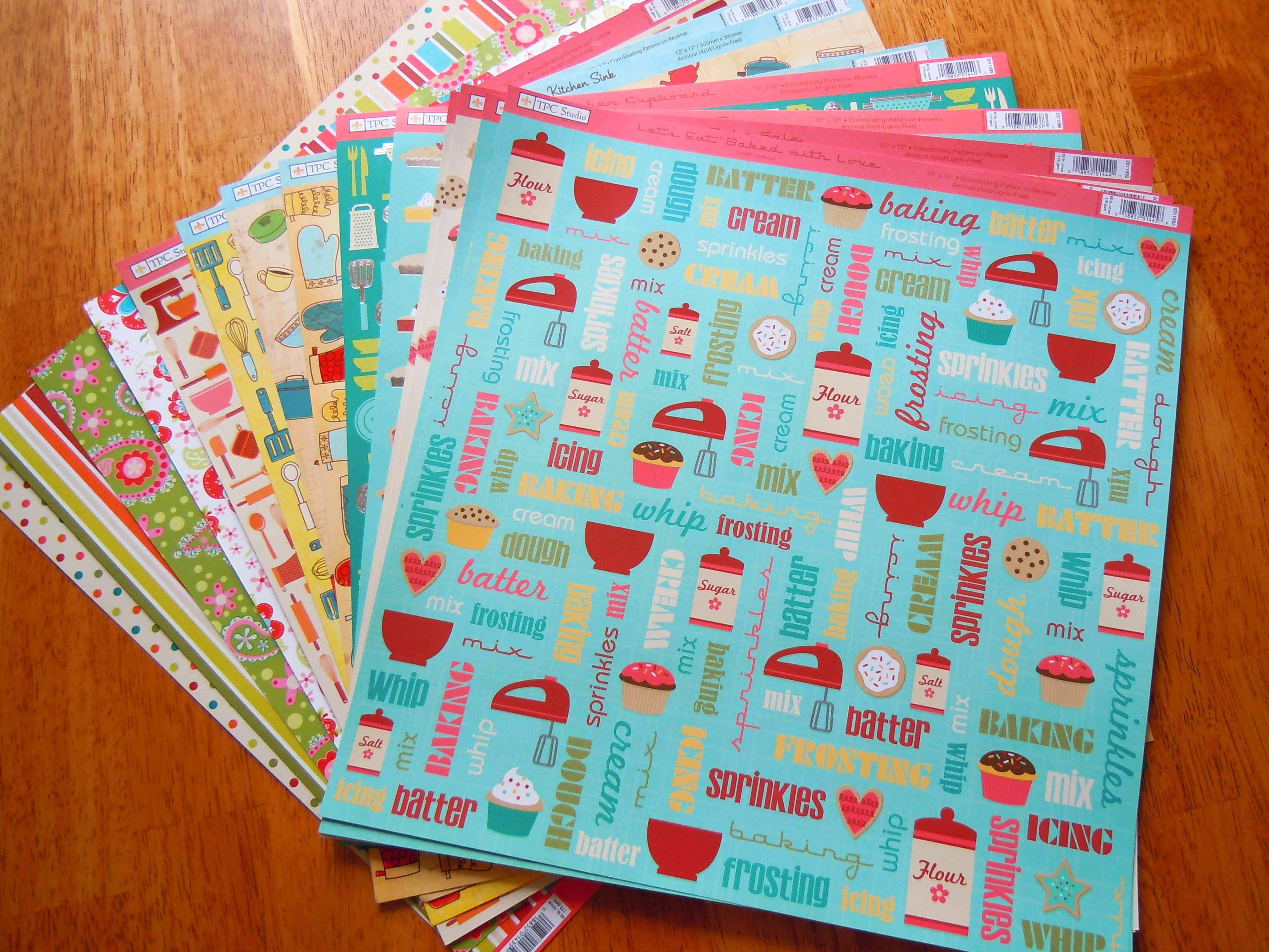 How to refill scrapbook pages - I Ll Be Creating A Special Cookie And Baking Scrapbook Focused On The Cookies Muffins And Baked Goods I Ve Made And It Ll Be One Of Those Continuing