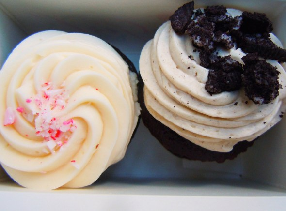 Prairie Girl Bakery mini cupcakes in Chocolate Peppermint and Cookies and Cream