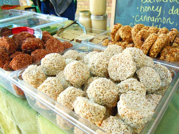 chocolate and vanilla macaroons by Earth & City at Wychwood Barns farmers' market