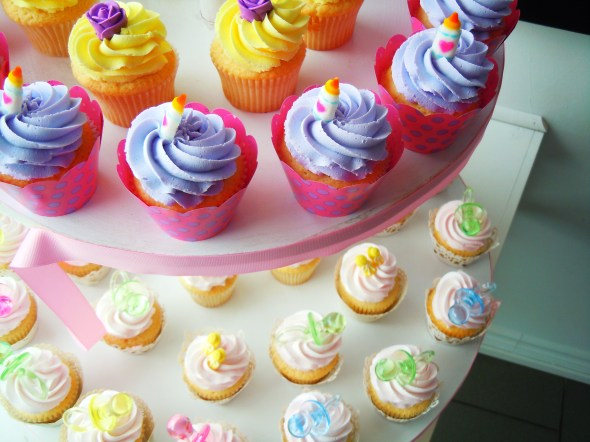 cupcakes from Short & Sweet Cupcakes in Toronto, Ontario